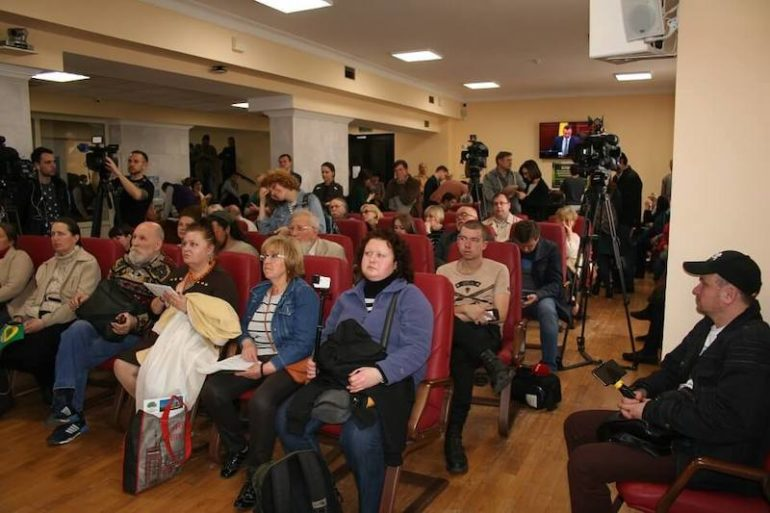 Сесія Київради щодо Поштової площі