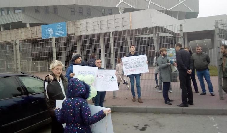 Пікет на захист української мови у Львові