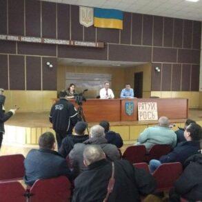 ДР ОУН з'ясовував, хто покриває знищення річки Рось ФОТО